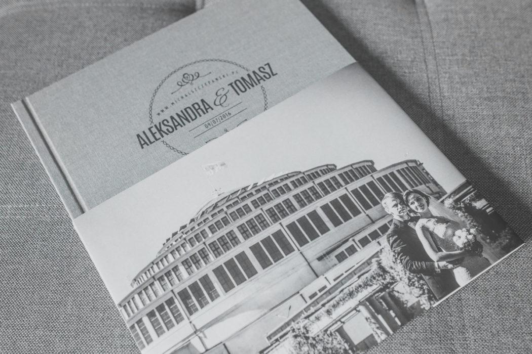 Fotoksiążka ślubna z etui oraz obwolutą