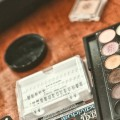Makijaż ślubny - akcesoria