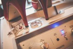 Detale ślubne szpilki, obrączki i spinki dla Pary Młodej