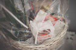 Detale ślubne kosz słodkości
