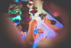 Detale ślubne fontanna czekoladowa na wesele
