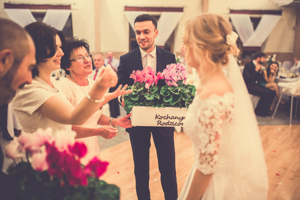 Hotel Borowianka - zdjęcia z wesela - podziękowania dla rodziców