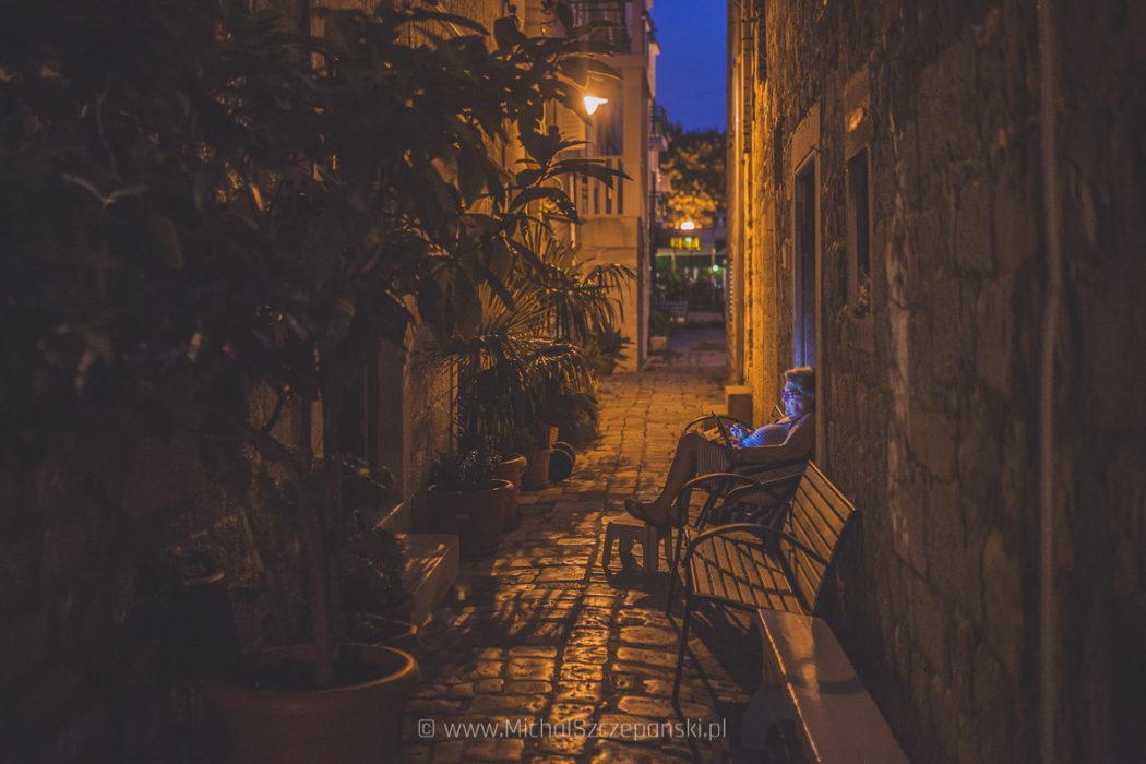 Trogir starówka nocą