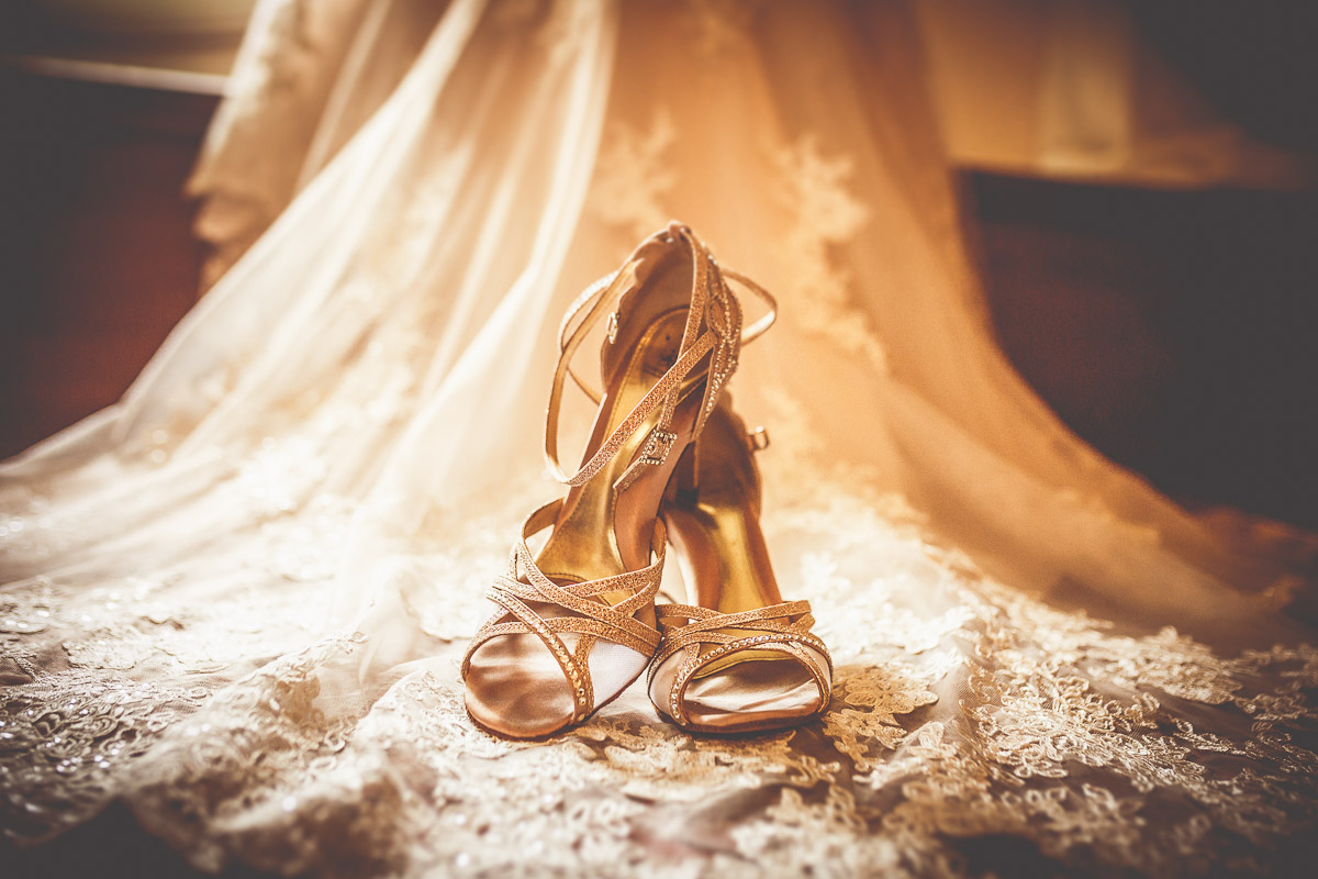Pałac Tłokinia - buty na sukience