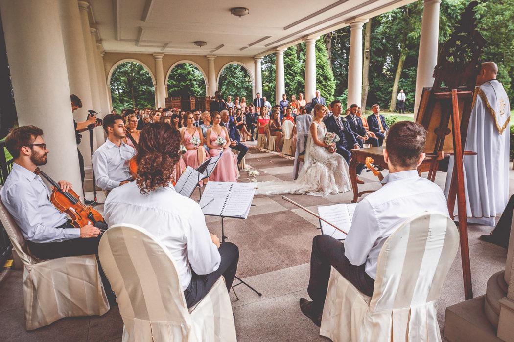 Pałac Tłokinia - ślub w altanie