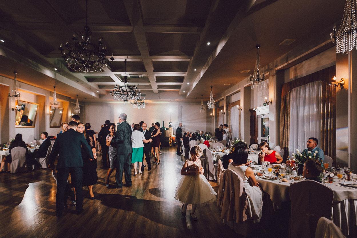 Wesele w sali balowej Domu weselnego Eden Fotografia ślubna Kalisz