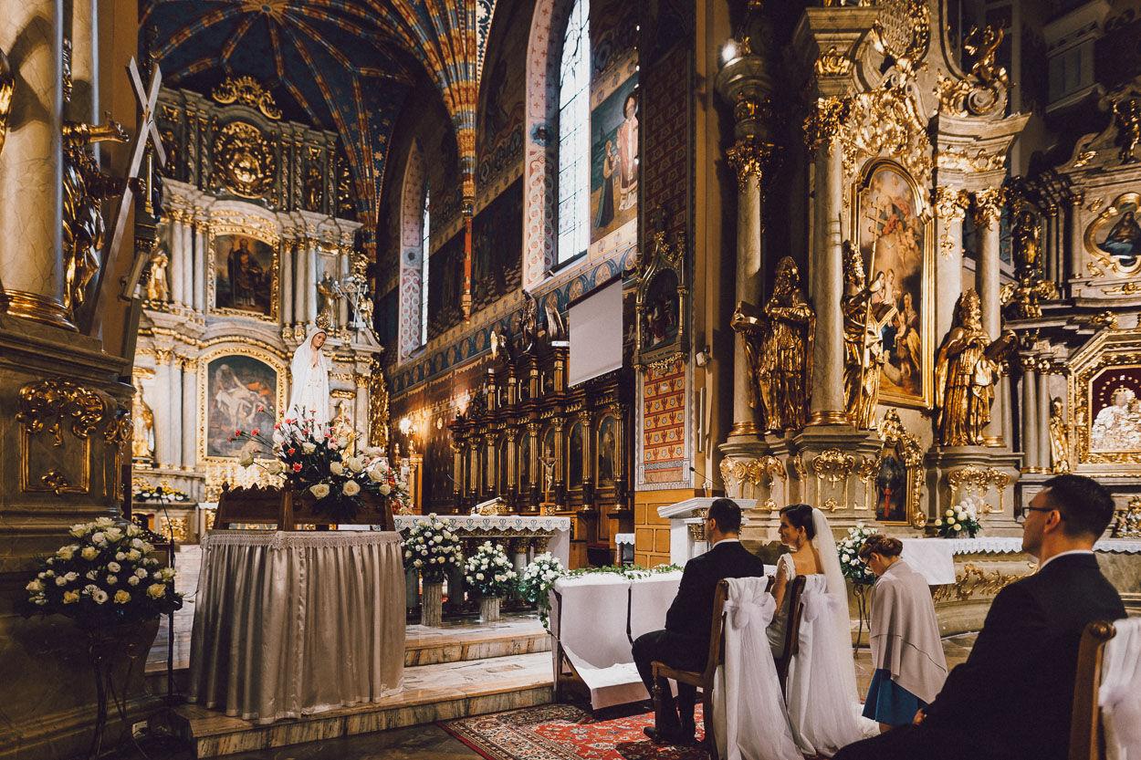 Fotografia ślubna Kalisz - katedra św. Mikołaja