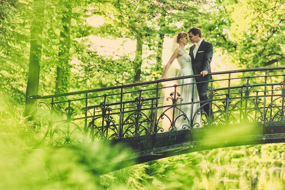 Plener ślubny we Wrocławiu w parku Pergola