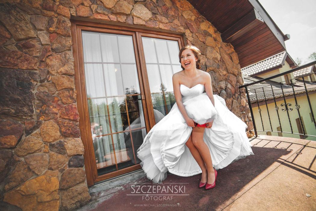 Przygotowania ślubne Pani Młodej balkon