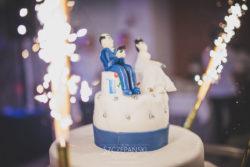 Detale ślubne dekoracja tortu Państwa Młodych