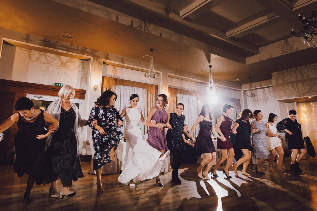 Taniec gości weselnych w Domu weselnym Eden